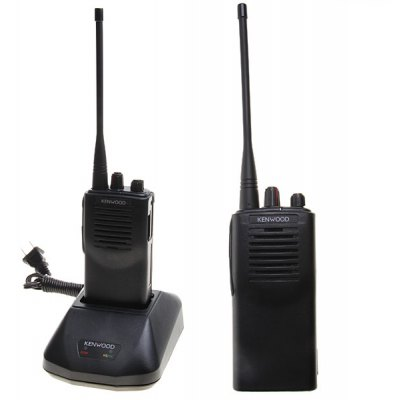 TK3107 UHF 400-470HMz 5W Walkie Talkie with with Two Way Radio Battery Charger - Black