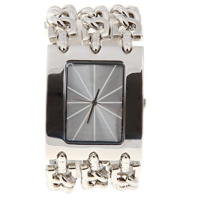 Army Watches with Arch and Three Chain BandWatches &amp; Jewelry<br>Army Watches with Arch and Three Chain Band<br><br>People: Unisex table<br>Watch style: Fashion<br>Color: Silver<br>Movement type: Quartz watch<br>Display type: Pointer<br>Case material: Stainless steel<br>Case color: Silver<br>Band material: Steel<br>Clasp type: Buckle<br>Special features: Three needle<br>The dial thickness: 0.9 cm<br>The dial diameter: 4 cm<br>Product weight: 0.147 kg<br>Package weight: 0.197 kg<br>Product size (L x W x H) : 21.5 x 4 x 0.9 cm<br>Package size (L x W x H): 22.5 x 5 x 1.9 cm<br>Package contents: 1 x Watch
