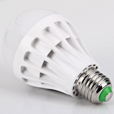 E27 22 - SMD 2835 LED 7W 85 - 265V White Ball Bulb