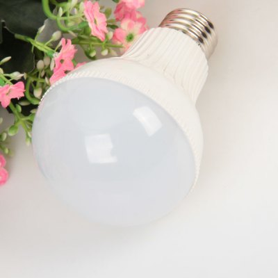 E27 28 - SMD 2835 LED 7W 85 - 265V White Ball Bulb
