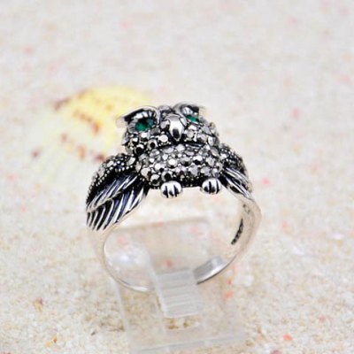 Vintage Rhinestoned Owl Shape Alloy Ring For WomenRings<br>Vintage Rhinestoned Owl Shape Alloy Ring For Women<br><br>Gender: For Women<br>Material: Rhinestone<br>Metal Type: Lead-tin Alloy<br>Style: Trendy<br>Shape/Pattern: Animal<br>Weight: 0.05 KG<br>Package Contents: 1 x Ring