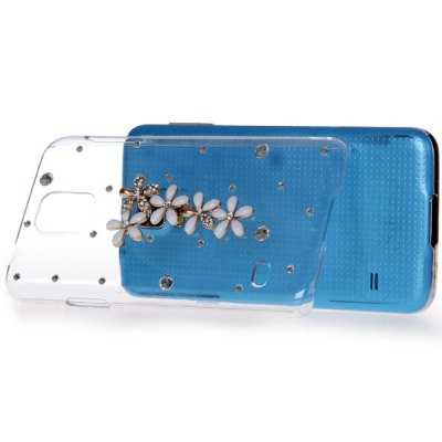 Diamond Floret Style Plastic Back Case for Samsung Galaxy S5 i9600 SM - G900Samsung Cases/Covers<br>Diamond Floret Style Plastic Back Case for Samsung Galaxy S5 i9600 SM - G900<br><br>Compatible with: Samsung<br>Compatible models: S5 i9600 SM-G900<br>Features: Back Cover<br>Material: Plastic<br>Product weight: 0.031 kg<br>Package weight: 0.060 kg<br>Product size (L x W x H) : 14 x 7.5 x 2 cm/5.5 x 2.9 x 0.8 inches<br>Package size (L x W x H): 18 x 10 x 3 cm<br>Package Contents: 1 x Case
