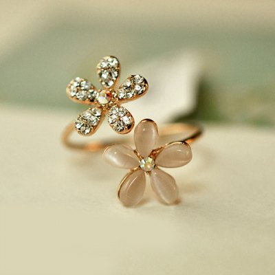 Fashion Diamante Flower Ring For Women