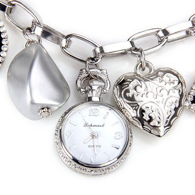 Unique Design Bracelet Watch with Heart Butterfly Chain Band for WomenWomens Watches<br>Unique Design Bracelet Watch with Heart Butterfly Chain Band for Women<br><br>Watches categories: Female table<br>Style : Bracelet<br>Movement type: Quartz watch<br>Shape of the dial: Round<br>Display type: Pointer<br>Case material: Stainless steel<br>Band material: Steel<br>The dial thickness: 0.7 cm / 0.3 inch<br>The dial diameter: 2.4 cm / 0.9 inch<br>Product weight: 0.05 kg<br>Product size (L x W x H) : 21.0 x 2.4 x 0.7 cm / 8.3 x 0.9 x 0.3 inches<br>Package contents: 1 x Watch