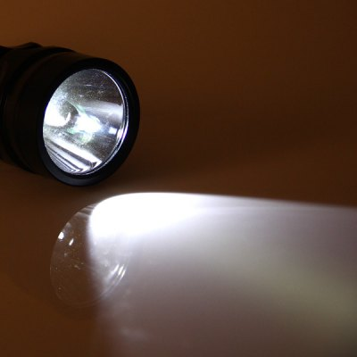 Фотография Cree XML - T6 800LM Waterproof White Light Dimmable LED Flashlight Diving Torch (1 x 18650 Battery)
