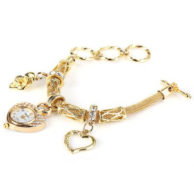 01457 Luxury Women Bracelet Heart Diamante Dial Watch with Flower and Heart Alloy Chain WatchbandWomens Watches<br>01457 Luxury Women Bracelet Heart Diamante Dial Watch with Flower and Heart Alloy Chain Watchband<br><br>Available Color: Gold<br>Band color: Gold<br>Band material: Alloys<br>Case color: Gold<br>Case material: Stainless Steel<br>Movement type: Quartz watch<br>Package Contents: 1 x Watch<br>Package size (L x W x H): 25.00 x 8.00 x 3.00 cm / 9.84 x 3.15 x 1.18 inches<br>Package weight: 0.1200 kg<br>Product size (L x W x H): 22.00 x 4.50 x 0.70 cm / 8.66 x 1.77 x 0.28 inches<br>Product weight: 0.0460 kg<br>Shape of the dial: Heart-shaped<br>Style: Fashion&amp;Casual, Exotic, Diamond, Bracelet, Retro<br>The dial thickness: 0.5 cm / 0.2 inch<br>Watches categories: Female table<br>Water resistance : Life waterproof