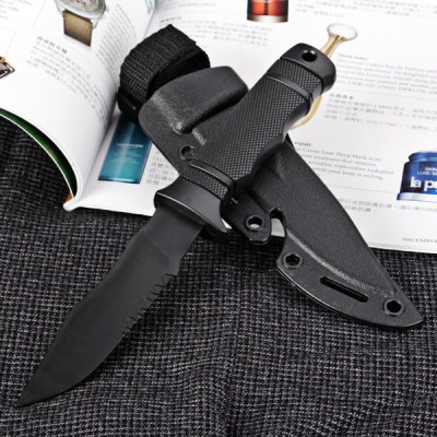 Fashionable Outdoor Decoration Model Plastic Knife with Crescent Shaped Scabbard en Gearbest
