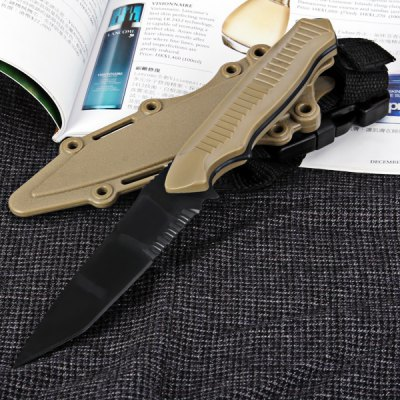 Fashionable Outdoor Decoration Model Plastic Knife with Scabbard en Gearbest