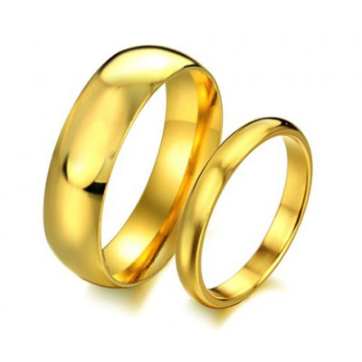 1 Pcs Smooth Gold Lover Couple RingMens Jewelry<br>1 Pcs Smooth Gold Lover Couple Ring<br><br>Gender: For Men<br>Metal Type: Titanium<br>Style: Trendy<br>Shape/Pattern: Round<br>Metal Color: Titanium Plated<br>Weight: 0.060kg<br>Package Contents: 1 x Ring