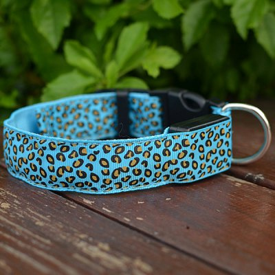 Sexy Leopard Print LED Collar 2.5cm Wide Glow Flashing Puppy Necklace Pet Decorative Props ( 48  -  60cm Adjustable Extent )Dog Collars &amp; Leads<br>Sexy Leopard Print LED Collar 2.5cm Wide Glow Flashing Puppy Necklace Pet Decorative Props ( 48  -  60cm Adjustable Extent )<br><br>For: Dogs<br>Type: Collars<br>Material: Genuine Leather<br>Functions: LED Lights, Adjustable<br>Size: L, S, M<br>Season: All Seasons<br>Color: Green, Orange, Yellow, Pink, Red, Blue<br>Product weight   : 0.06 kg<br>Package weight   : 0.120 kg<br>Product size (L x W x H)   : 60.0 x 2.5 x 0.3 cm / 23.6 x 1.0 x 0.1 inches<br>Package size (L x W x H)  : 61 x 3 x 2 cm<br>Package Contents: 1 x LED Collar