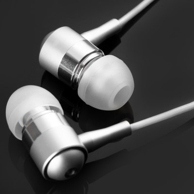 Фотография BSBESTE Q12 Luminous Cable In - ear Earphone 1.2m Round Cable Headphone with Mic Universal 3.5mm Jack