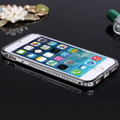 ФОТО Exquisite Hollow Design Titanium Alloy Material Back Case with Diamond for iPhone 6  -  4.7 inches