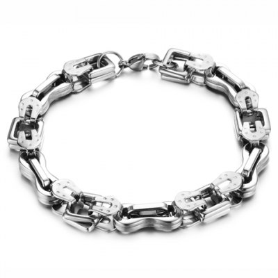 Fashion Chic Smooth Link Chain Bracelet For MenMens Jewelry<br>Fashion Chic Smooth Link Chain Bracelet For Men<br><br>Item Type: Chain &amp; Link Bracelet<br>Gender: For Men<br>Chain Type: Link Chain<br>Metal Type: Titanium<br>Style: Trendy<br>Shape/Pattern: Others<br>Length: 23.5CM<br>Weight: 0.07KG<br>Package Contents: 1 x Bracelet