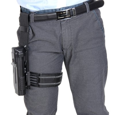 Adjustable Leg Bag Cover Universal Thigh Handgun Holster Hunting NecessariesGun Holsters<br>Adjustable Leg Bag Cover Universal Thigh Handgun Holster Hunting Necessaries<br><br>Type: Handgun Holster<br>For: Hunting, Outdoor Activities<br>Color: Black<br>Product weight: 0.336 kg<br>Product size (L x W x H): 25 x 6.5 x 19 cm / 9.8 x 2.6 x 7.5 inches<br>Package contents: 1 x Handgun Holster