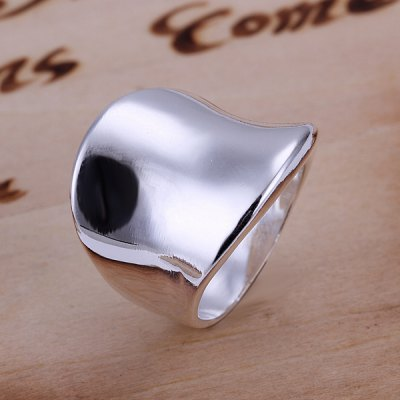Stylish Thumb Shape Copper RingRings<br>Stylish Thumb Shape Copper Ring<br><br>Gender: For Women<br>Metal Type: Silver Plated<br>Style: Trendy<br>Shape/Pattern: Figure<br>Diameter: 18.1MM<br>Weight: 0.03KG<br>Package Contents: 1x ring