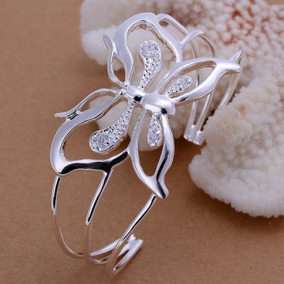 Charming Rhinestone Embellished Openwork Butterfly Bracelet For Girls