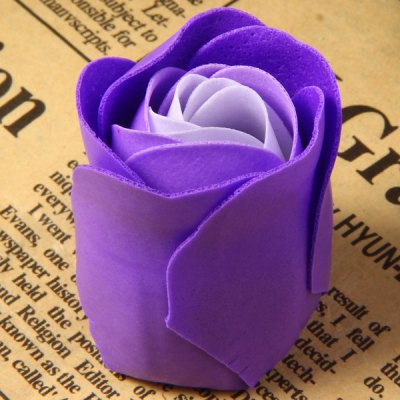 24Pcs Sweet Rose Soap Flower Washing Petals Soap Valentine Gifts Wedding Party FlowerSponges &amp; Scrubbers<br>24Pcs Sweet Rose Soap Flower Washing Petals Soap Valentine Gifts Wedding Party Flower<br><br>Type: Soap Flower<br>Feature: Perfumed Soap Flower<br>Material: Polyester<br>Product weight   : 0.11 kg<br>Package weight   : 0.13 kg<br>Product size (L x W x H)   : 16.8 x 16.8 x 4 cm / 6.6 x 6.6 x 1.6 inches<br>Package size (L x W x H)  : 17.8 x 17.8 x 5 cm<br>Package Contents: 24 x Soap Flower, 1 x Box