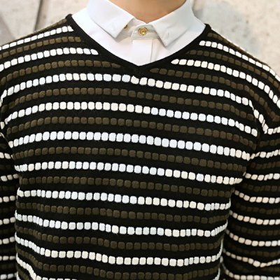 Гаджет   Stylish V-Neck Color Block Concave-Convex Stripes Slimming Long Sleeves Men