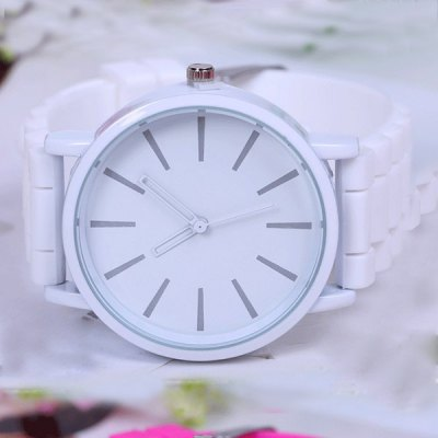Unisex Quartz Watch with Bright Colors Rubber Band Round Dial