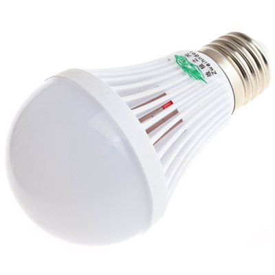Фотография Zweihnder 5W E27 16 x SMD 2835 450Lm Daylight LED Ball Bulb with Cooling Fin  -  4 Pcs