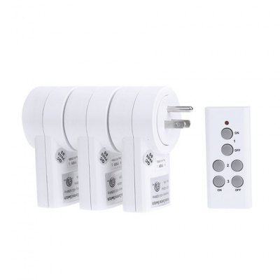 TS-832-3 US Plug Power Socket + Remote Controller