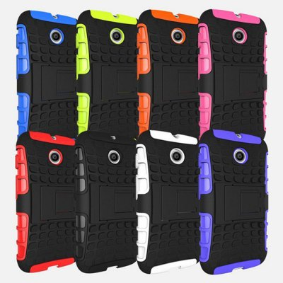 Stand Design TPU and PC Material Tire Pattern Protective Back Cover Case for Motorola Moto E