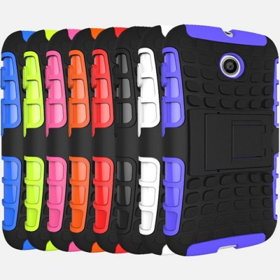Фотография Stand Design TPU and PC Material Tire Pattern Protective Back Cover Case for Motorola Moto E