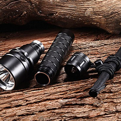 Фотография Excellent Beam 3600LM Cree XM  -  L2 U2 3 LEDs Flashlight