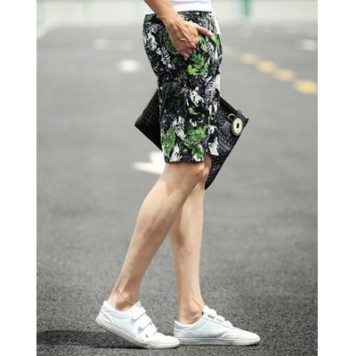 ФОТО Slimming Stylish Lace-Up Green Leaves Print Narrow Feet Linen Blend Shorts For Men