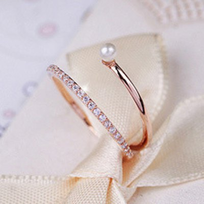 Stylish Trendy Rhinestone Faux Pearl Decorated Openwork Design Ring For Women
