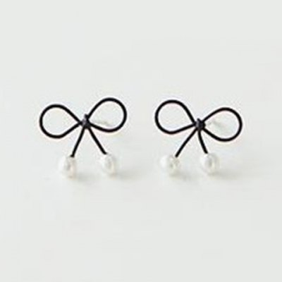 Pair of Chic Bowknot Shape Faux Pearl Earrings For Women