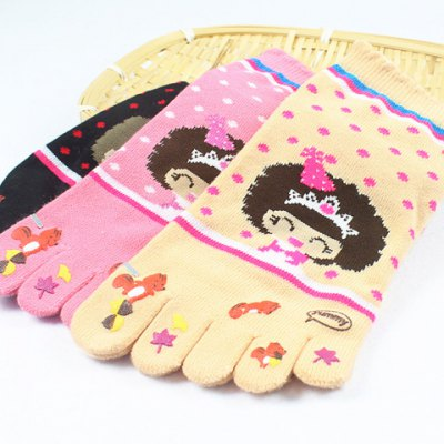 Pair of Cute Women's Cartoon Girl and Squirrel Pattern Separate Toe Knitted Socks от GearBest.com INT