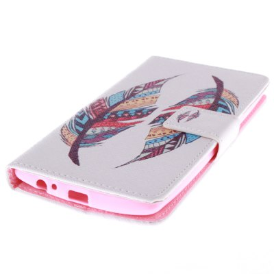 Two Multicolor Feathers PU Leather Cover Case with Stand for LG G4Cases &amp; Leather<br>Two Multicolor Feathers PU Leather Cover Case with Stand for LG G4<br><br>Other compatible models: LG G4<br>Features: Full Body Cases, Cases with Stand, With Credit Card Holder<br>Material: PU Leather, TPU<br>Style: Pattern<br>Color: White<br>Product weight: 0.068 kg<br>Package weight: 0.148 kg<br>Product size (L x W x H) : 15 x 7.5 x 1.4 cm / 5.90 x 2.95 x 0.55 inches<br>Package size (L x W x H): 16 x 8.5 x 2.4 cm / 6.29 x 3.34 x 0.94 inches<br>Package Contents: 1 x Case for LG G4
