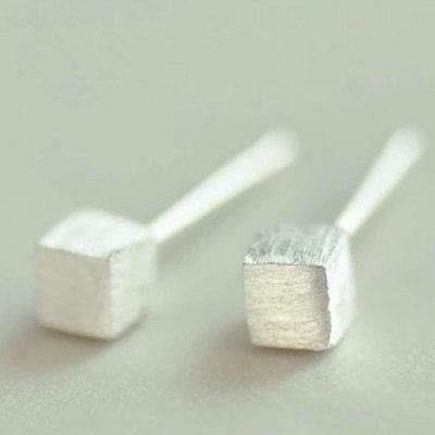 Pair of Fantastic Solid Color Square Shape Earrings For Women