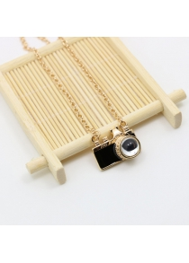 Chic Camera Pendant Necklace For Women