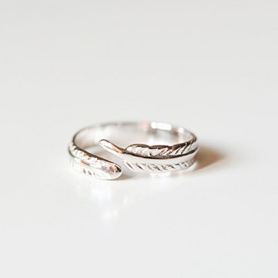 Simple Chic Feather Ring For Women