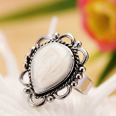 Vintage Glazed Waterdrop Womens RingRings<br>Vintage Glazed Waterdrop Womens Ring<br><br>Gender: For Women<br>Metal Type: Alloy<br>Style: Classic<br>Shape/Pattern: Water Drop<br>Diameter: 1.7CM<br>Weight: 0.040KG<br>Package Contents: 1 x Ring