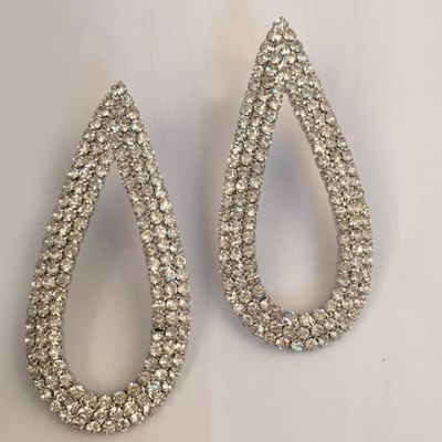 Pair of Luxury Rhinestoned Hollow Out Water Drop Earrings For Women