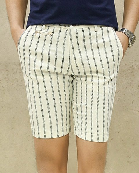 Slimming Trendy Vertical Stripe Chain Embellished Narrow Feet Men's Cotton Blend Shorts 31 WHITE