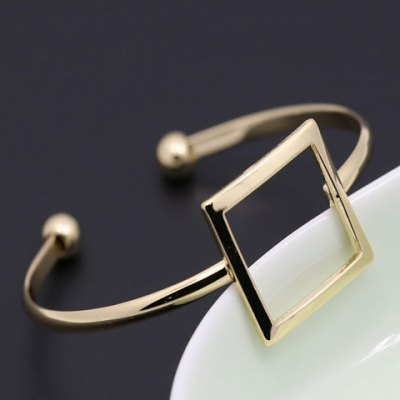 Chic Hollow Out Square Cuff Bracelet For WomenBracelets &amp; Bangles<br>Chic Hollow Out Square Cuff Bracelet For Women<br><br>Item Type: Cuff Bracelet<br>Gender: For Women<br>Chain Type: Link Chain<br>Style: Trendy<br>Shape/Pattern: Geometric<br>Length: 6.5CM(Diameter)<br>Weight: 0.070KG<br>Package Contents: 1 x Bracelet