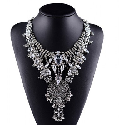 Vintage Rhinestone Flower Shape Necklace