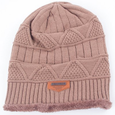 Фотография Stylish Label Embellished Triangle Jacquard Knitted Beanie For Men