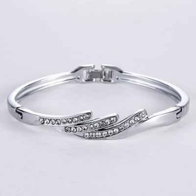 Stylish Rhinestone Wing Shape Bracelet For Women