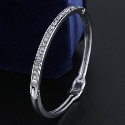 Attractive Rhinestone Round Bracelet For Women