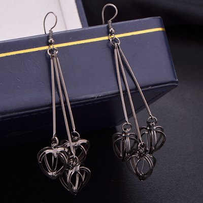 Pair of Classic Stereoscopic Hollow Out Heart Earrings For Women