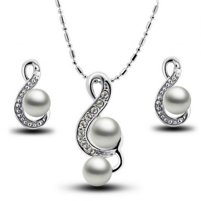 Elegant Faux Pearl Rhinestone Necklace and Earrings