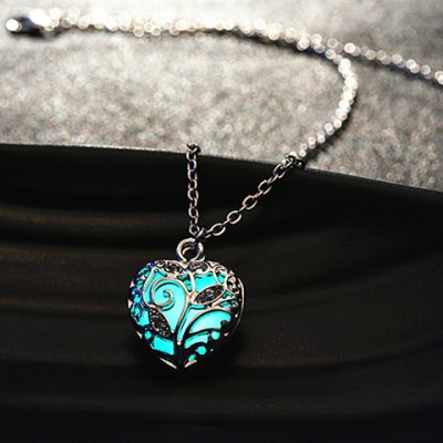 Sweet Luminous Heart Necklace For Women
