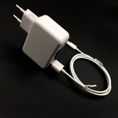 yellowknife EU Plug Power Adapter 8 Pin Charge Sync Cable ( 1m )iPhone Cables &amp; Adapters<br>yellowknife EU Plug Power Adapter 8 Pin Charge Sync Cable ( 1m )<br><br>Compatibility: iPad Air (iPad 5),iPhone 5,iPhone 5C,iPhone 5S,iPhone 6,iPhone 6 Plus,iPhone 6S,iPhone 6S Plus<br>Type: Adapters,Cable<br>Features: MFI Certified<br>Color: White<br>Interface Type: 8 pin,USB 2.0<br>Cable Length (cm): 100cm / 39.37inch<br>Input: 100 - 240V, 50 / 60HZ, 0.3A<br>Output: 5V 1A / 2.1A ( MAX )<br>Plug: EU plug<br>Product weight: 0.110 kg<br>Package weight: 0.154 kg<br>Package size (L x W x H): 15.00 x 12.00 x 3.00 cm / 5.91 x 4.72 x 1.18 inches<br>Package Contents: 1 x 8 Pin Charge Sync Cable ( 1m ), 1 x EU Plug Power Adapter
