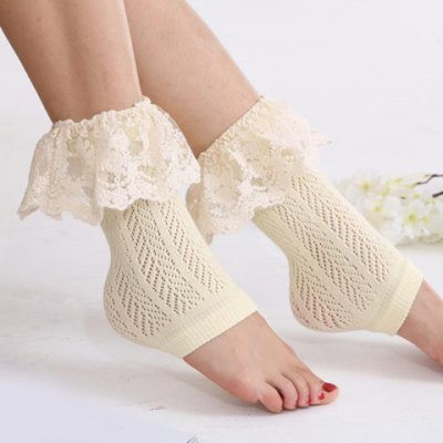 Pair of Chic Lace Brim Hollow Out Herringbone Foot Step Boot Cuffs For Women