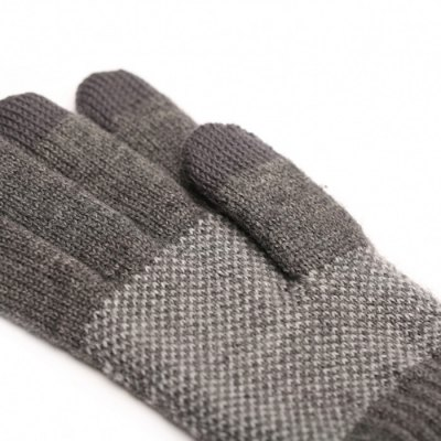 Original Xiaomi Wool Touch GlovesHome Gadgets<br>Original Xiaomi Wool Touch Gloves<br><br>Brand: Xiaomi<br>Type: Comfortable,Eco-friendly,Practical,Leisure<br>For: Adults,Teenagers,Women,Men<br>Functions: Multi-functions<br>Material: Knitted,Woolen<br>Occasion: Home,Living Room,Office,School,Others,Outdoor<br>Product weight: 0.130 kg<br>Package weight: 0.170 kg<br>Package size (L x W x H): 10.00 x 10.00 x 5.00 cm / 3.94 x 3.94 x 1.97 inches<br>Package Contents: 1 x A Pair of Original Xiaomi Wool Touch Gloves